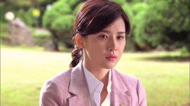 Lee Bo Young (1)